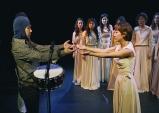 [Review] 우리는 침묵하지 않는다: 연극 '트로이의 여인들'