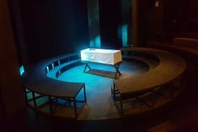 [Review] 원작 뫼르소를 '이방인'으로 만드는 연극의 마법