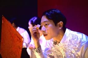 [PRESS] 부조리의 바다를 표류하는 청년에게, 연극 '라플레시아'