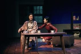 """[Preview] 스승과 제자, 두 소설가, 두 여성 - 연극 """"단편소설집"""""""