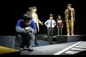 """[PRESS] 철학적 SF 연극 """"산책하는 침략자"""""""