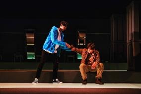"""[Review] 더 나은 사회를 희망하는 개인의 고발, 연극 """"킬롤로지"""""""