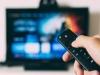 [Opinion] 텔레비전에서 스트리밍 서비스로 넘어가는 유행의 장 [문화 전반]