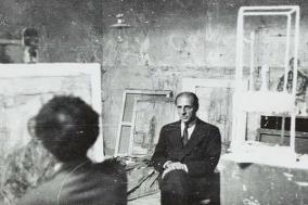 [미술을 사는 사람들] 아트 딜러와 아티스트, 평생 친구가 되기까지