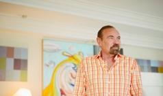 [미술을 사는 사람들] 마이애미를 예술로 채우는 '부동산 왕'
