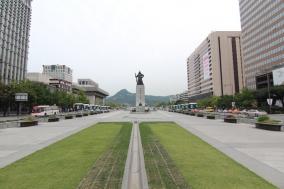 [Opinion] 청와대 국민청원은 광장이 될 수 있을까? [문화 전반]
