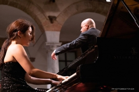 [PRESS] 치밀한 브람스의 세계로: 문지영 피아노 리사이틀