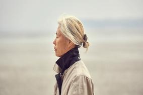 [Review] 당신은 이 노인 여성을 어떻게 보고 있습니까? '69세'