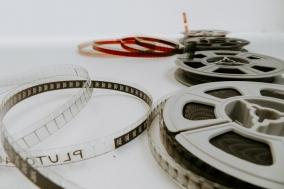 [칼럼] 우리는 더는 함께 영화를 보지 않는다