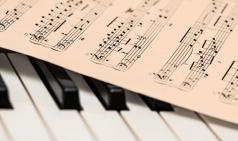 [Review] 음악가들의 인생으로 클래식과 가까워지다 - 클래식은 처음이라
