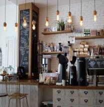 [Opinion] 카페 탐방기, 그리고 내 공간 [공간]
