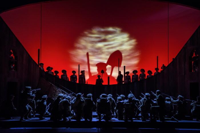 웨일스 국립 오페라의 인 퍼렌쓰시스3 Photo credit - Bill Cooper.jpg