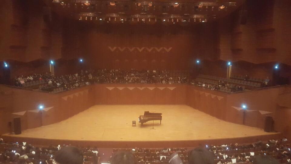 임현정 리사이틀 무대.jpg