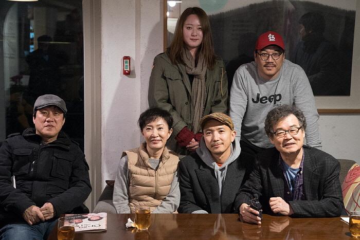 작가 김태수, 배우 김순이, 배우 신혜옥,연출 신유청, 배우 박민관, 배우 주호성2.jpg