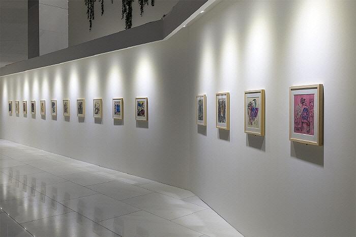 제 3부 시의 여정 - 영혼의 정원展 02.jpg