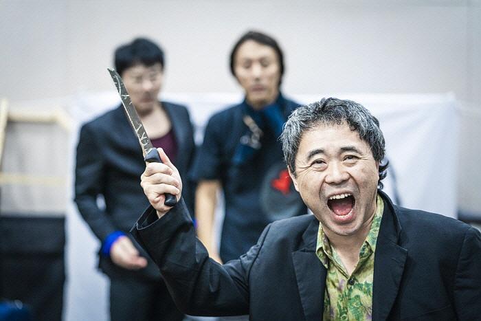 어쩌나_연습사진_제공 남산예술센터 (1).jpg