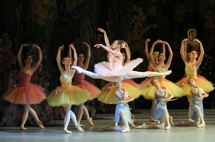 Elena Yevseyeva in Don Qixote_by Natasha Razina ⓒ State Academic Mariinsky Theatre.jpg