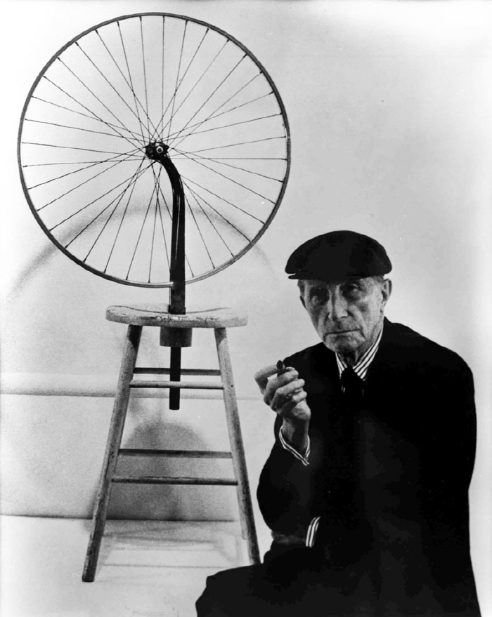 [크기변환]Marcel-Duchamp-bicycle800.jpg