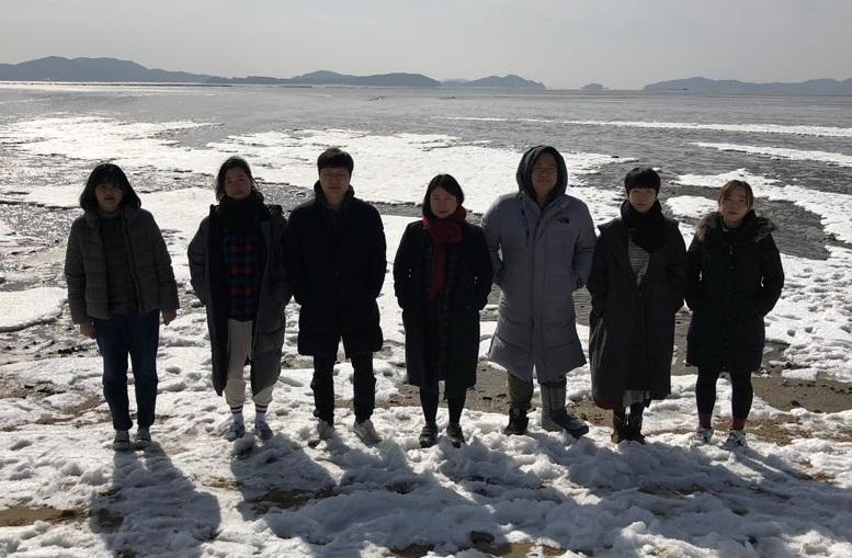 혜화동1번지 7기 동인 단체사진.jpg