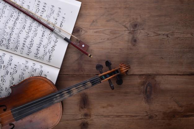 violin-score-top-view_1112-137.jpg