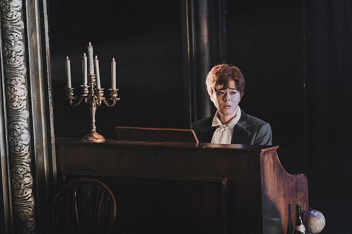 피아니스트 역 강수영.jpg