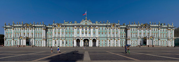 2880px-Winter_Palace_Panorama_2.jpg