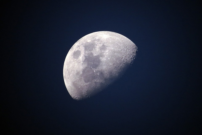 moon-1527501_960_720.jpg