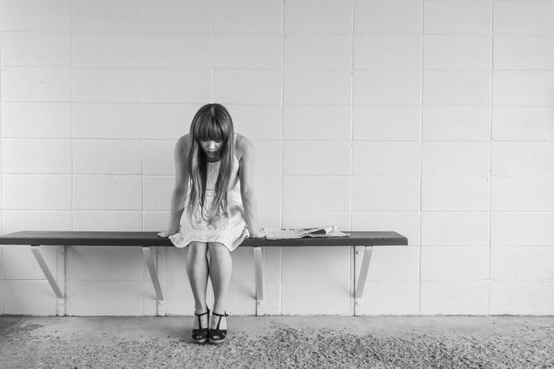 [꾸미기]worried-girl-413690_960_720.jpg