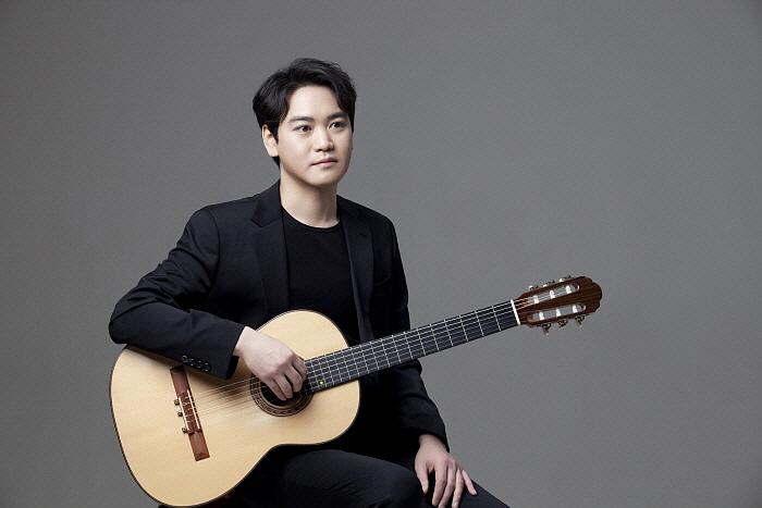 기타리스트 김현규.jpg