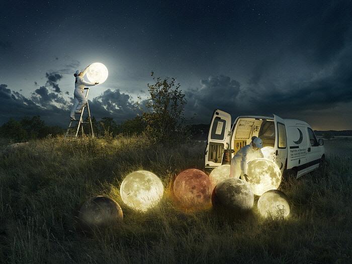 Full Moon Service.jpg