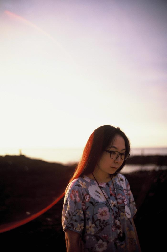 [크기변환]GU Byeong-mo_2015 과달라하라 도서전 작가 소개 자료집 사진.jpg