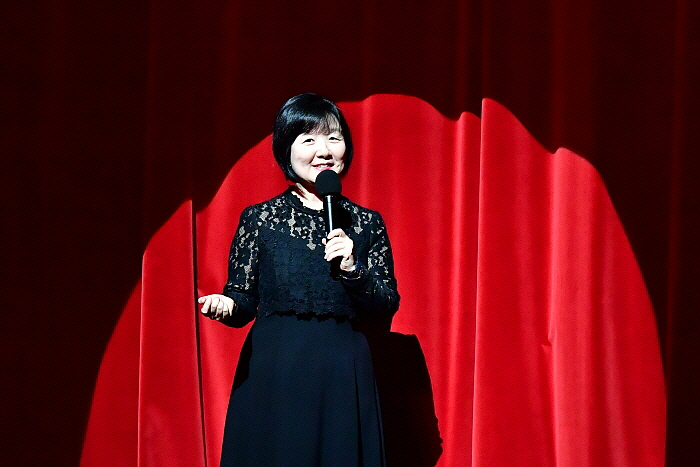 (10.4)오페라100%즐기기_사랑의묘약.jpg