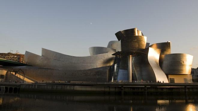 architecture-bilbao-exterior-daytime-2009-web-resized.jpg