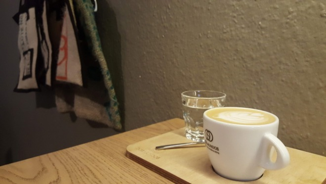 Dos Mundos Cafe.jpg