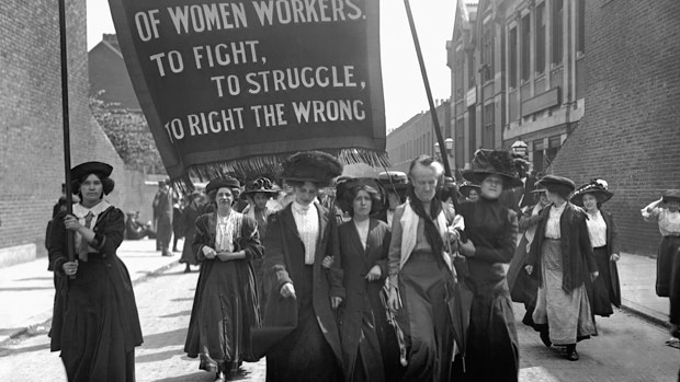 suffragettes-march-1911.jpg