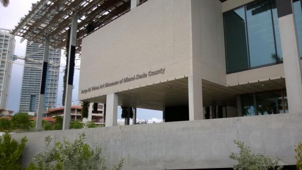 [크기변환]13 Perez_Art_Museum_Miami.jpg