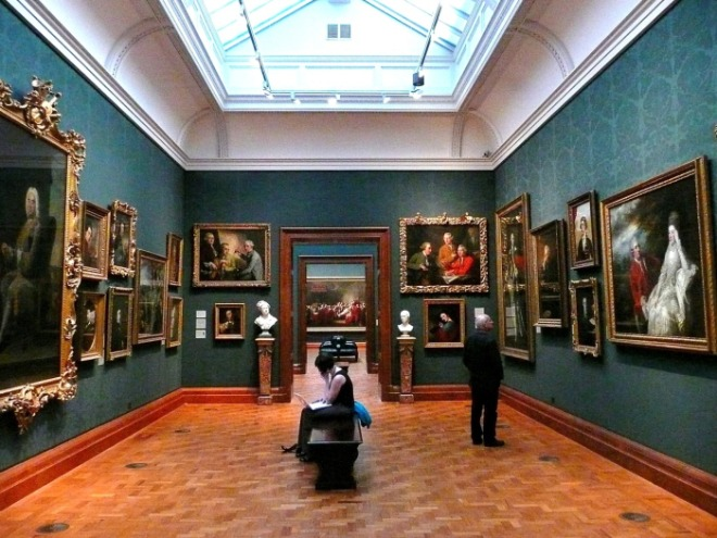 [크기변환]2008_inside_the_national_portrait_gallery_london.jpg