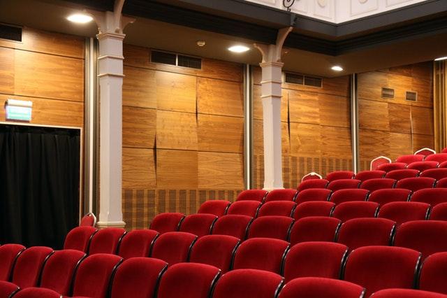 460562130_aXFAGpH8_auditorium-chairs-comfortable-concert-269140_28129[1].jpg
