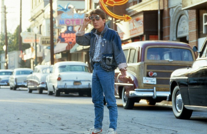michael-j-fox-walking-across-the-street-in-a-scene-from-the-news-photo-1587734687.jpg