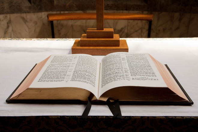 open-bible-11288023214vduX.jpg
