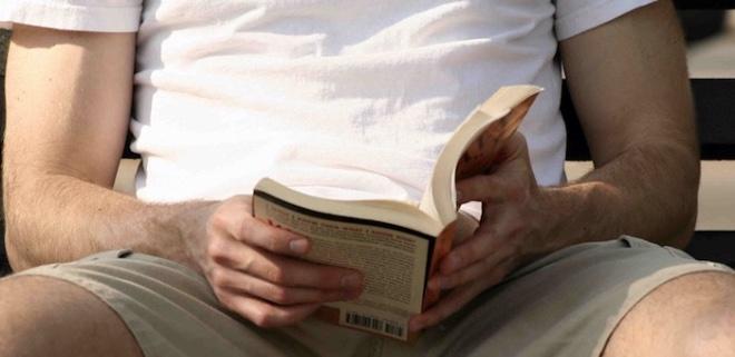 책읽는남.jpg