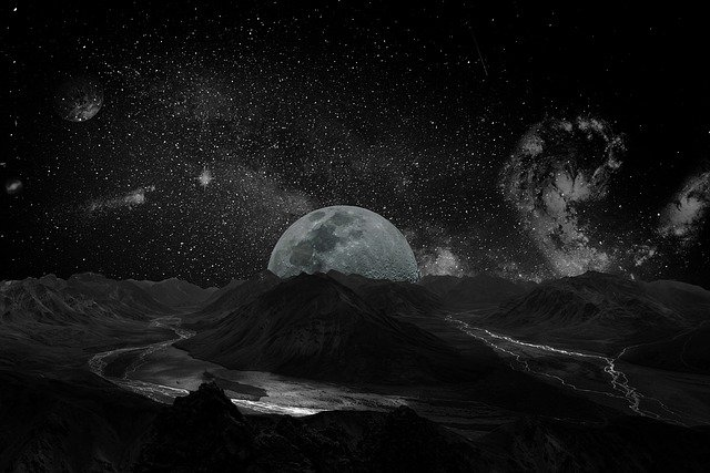 moon-2048727_640.jpg