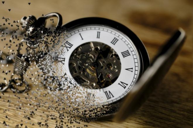 time-losing-time-clock-pocket-w.jpg
