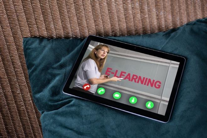 online-learning-5163039_1920.jpg