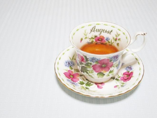 [크기변환]tea-time-1035262_1920.jpg