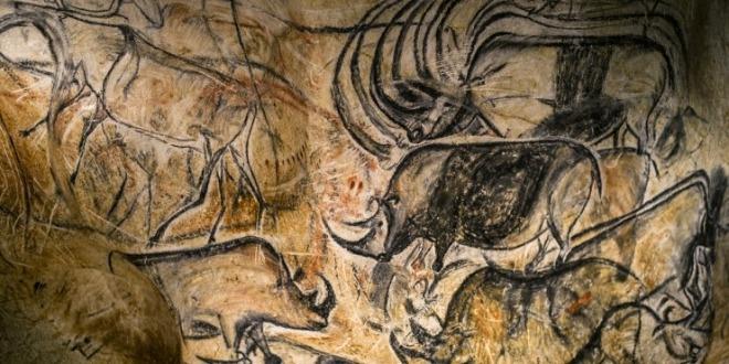Decouvrez-la-caverne-du-Pont-d-Arc-replique-de-la-grotte-Chauvet.jpg