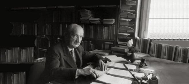 Martin-Heidegger.jpg