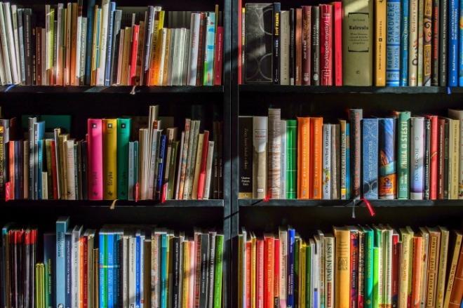 [크기변환]books-1204029_1920.jpg