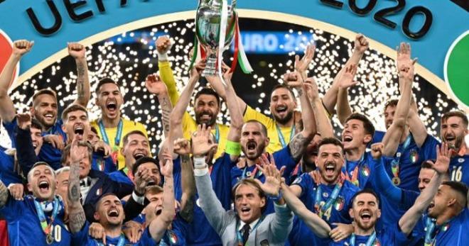 [크기변환]Euro-2020-Italy-crowns-itself-European-champion-again-Euro2020-640x336.jpg