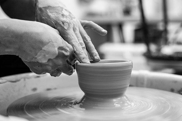 pottery-4618917_640.jpg